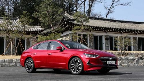 Hyundai Sonata Hàn Quốc Phiên Bản 2021 Đối Thủ Nhật Toyota Camry Dè Chừng