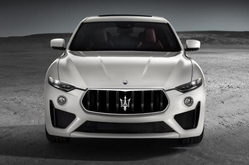 Xe Thể Thao Maserati LEVANTE GTS SUV Phiên Bản Đời Mới