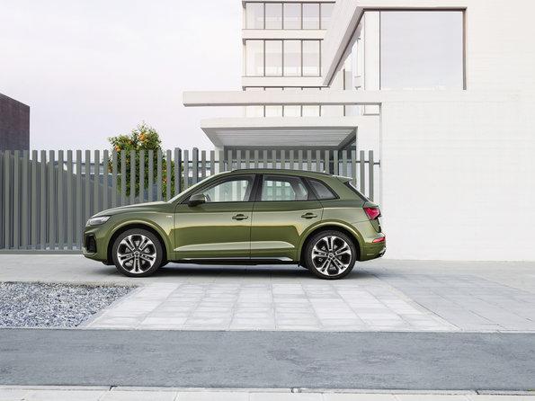 Xe Audi 5 Chỗ Q5 đời Mới 2021 Có Gì Mới, Giá Bao Nhiêu