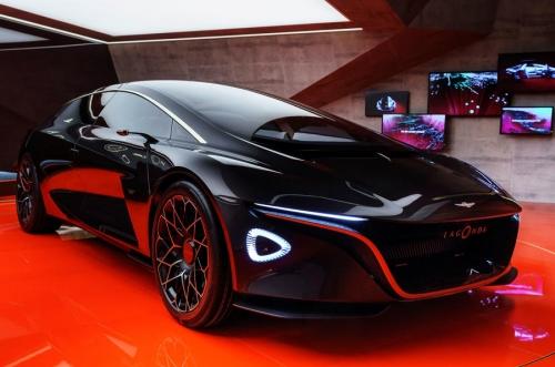 Mẫu Sieu Xe Aston Martin LaGonDA SUV Gầm Cao Hoàn Toàn Mới Ra Mắt Có Gia Bao Nhiêu Khi Về Việt Nam