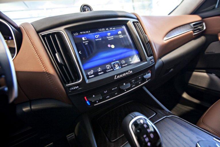 Maserati Levante sở hữu hệ thống âm thanh hiện đại