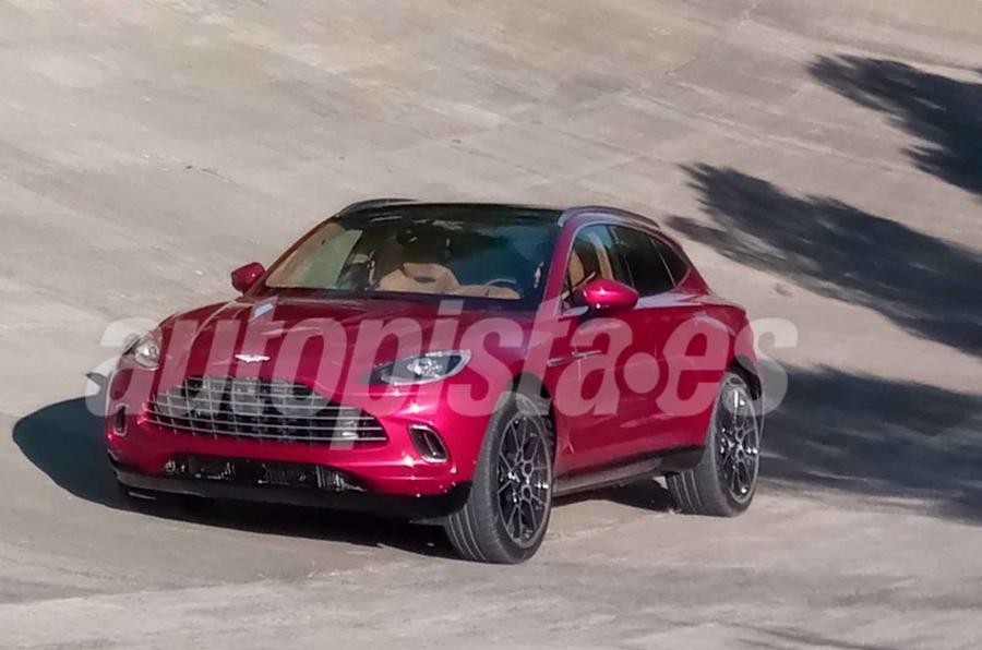Mẫu Gầm Cao Aston Martin SUV DBX Mấy Phiên Bản, Giá Bao Nhiêu