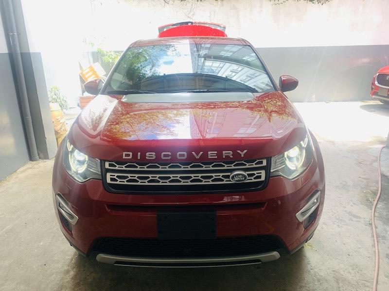 Xe Land Rover Discovery SPort 7 Chỗ Phiên Bản HSE Luxury 2.0 Màu Đỏ