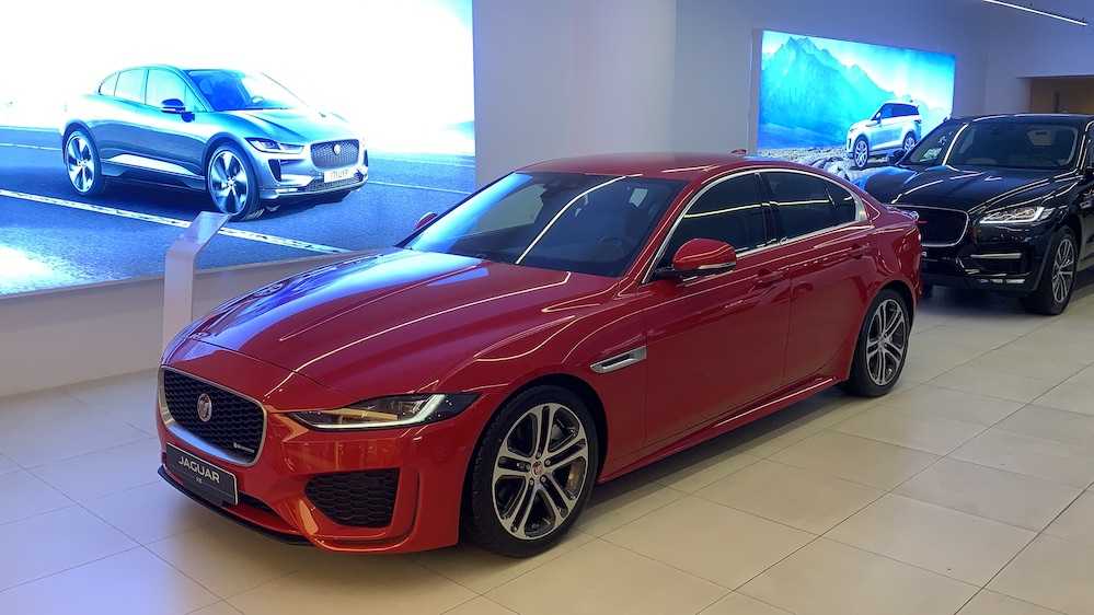 Jaguar 4 Chỗ XE đối thủ Mercedes C300, Bmw 330i, Audi A4, Lexus IS250
