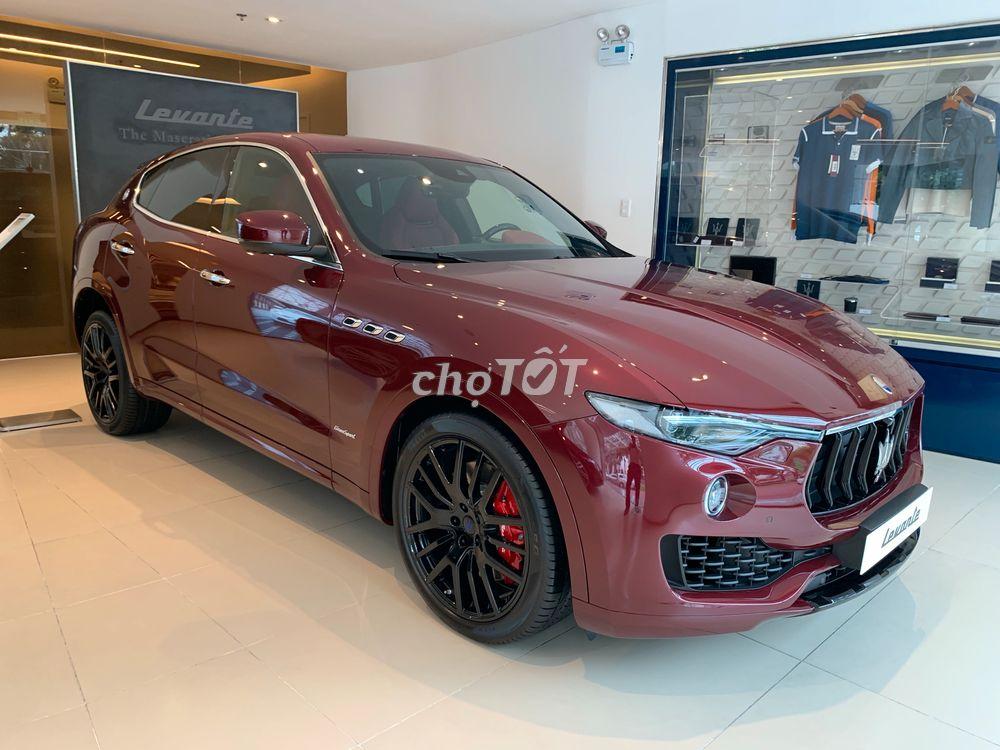 Video Xe Maserati SUV Màu Đỏ 5 Chỗ Levante Giá 7,5 Tỷ