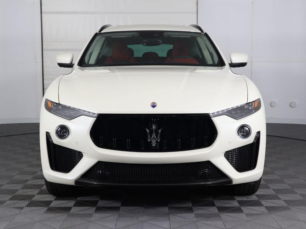 Maserati Levante Trofeo Màu Trắng Chiếc SUV Có Giá Đắt Nhất Của Ý