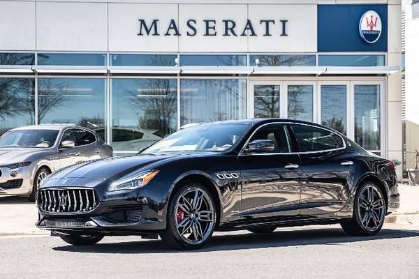 Video Xe Maserati Màu Xanh 4 Chỗ Đối Thủ Mercedes S63 AMG 2020