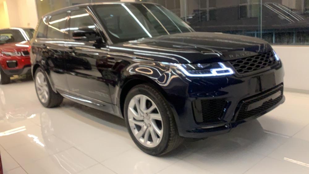 Xe Range Rover Sport HSE Dynamic 3.0 Mới 360 Mã lực màu xanh 2020 - 2021