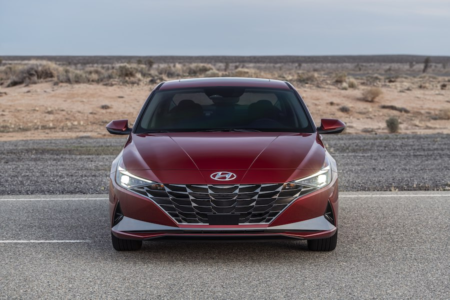 Hyundai Elantra 1.6L Và 2.0L Động Cơ Hybrid 2021 Ra Mắt Giá Bao Nhiêu