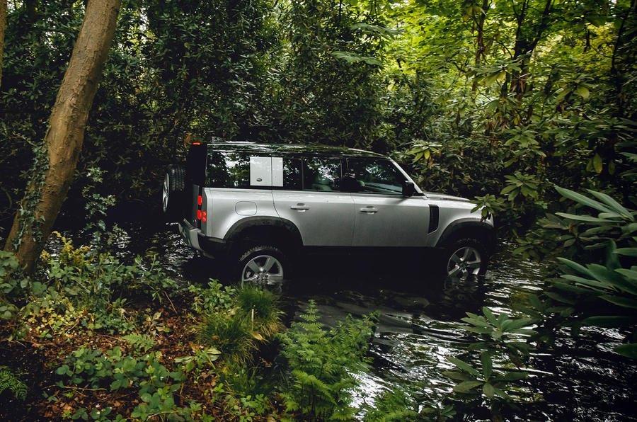 Land Rover Defender Phiên Bản Hoàn Toàn Mới 2021 Ra Mắt
