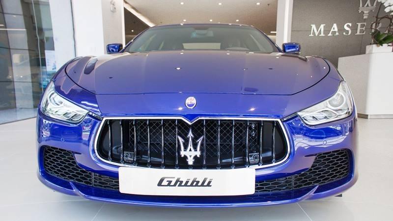 Giá Xe Maserati Ghibli 4 Chỗ 2021 Bao Nhiêu, Có Mấy Phiên Bản