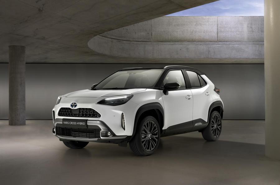 Xe Toyota Yaris Cross SUV 5 Chỗ Gầm Cao
