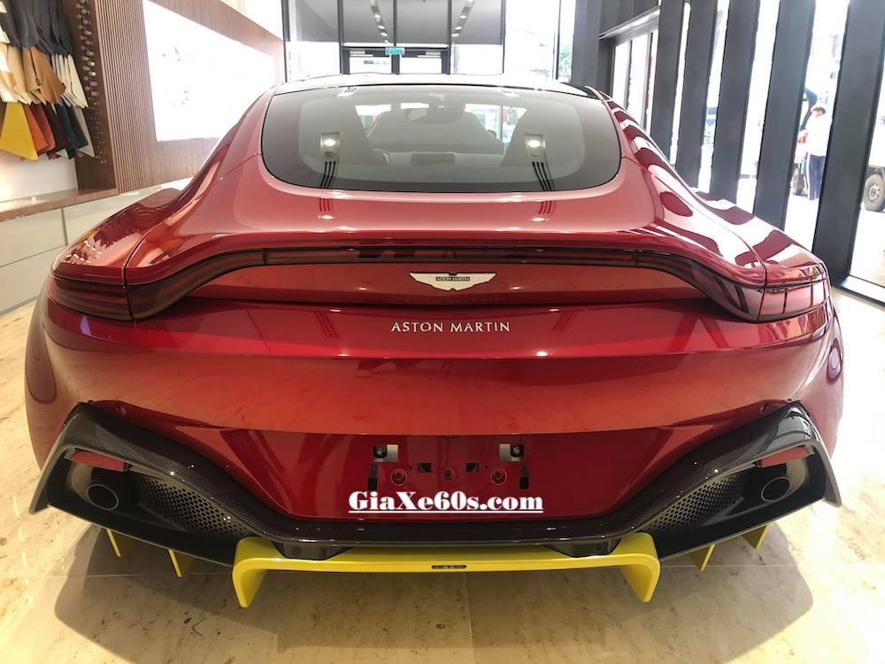 Siêu Xe Aston Martin Vantage Thể Thao 2 Cửa 4 Chỗ Đời Mới Màu Đỏ Giá Bán Bao Nhiêu Tiền, New Vantage Trang bị động cơ V8 hoàn toàn mới mang lại cảm giác lái chân thực và mượt hơn,