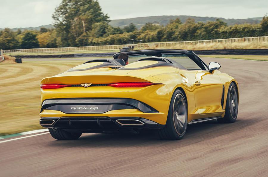 Xe Bentley Bacalar concept: first drive of Giá Bán £1.5 triệu bảng Anh, mẫu xe mui trần 2 cửa hoàn toàn mới của nươc anh ra mắt có giá cao ngất ngưỡng