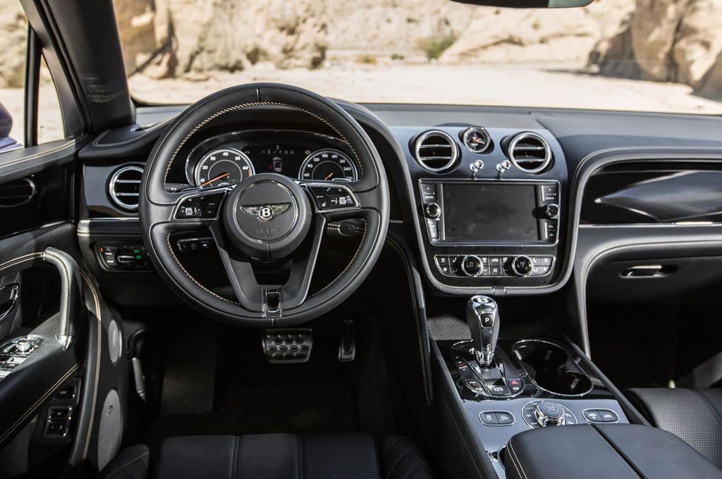 2020 Xe Bentley 5 Chỗ Gầm Cao SUV Bentayga 4.0 V8 Nhập Khẩu Tại Việt Nam Giá Bán Bao Nhiêu Tiền, Có mấy màu ngoại thất và 4 chỗ 7 chỗ có khác biệt gì nhau, màu nào đắt nhất từ trắng, xanh, đen, xám, đỏ, cam..