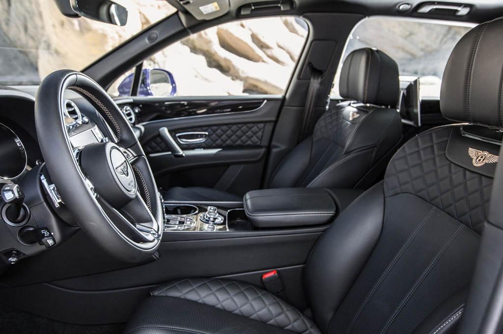 GIÁ XE BENTLEY BENTAYGA 5 CHỖ GẦM CAO SUV ĐỜI MỚI NHẤT 2018