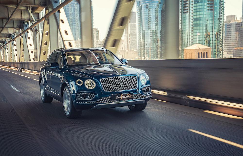 giá xe 5 chỗ và 7 chỗ Bentley Bentayga gầm cao đời mới tại việt nam bao nhiêu