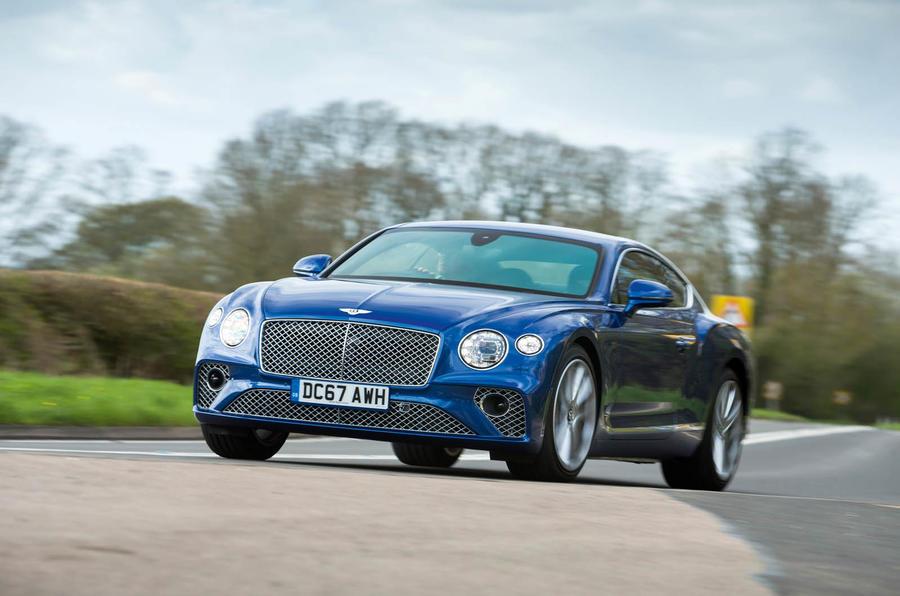 Xe 4 Chỗ Bentley Continental GT V8 2021 Giá Bán Bao Nhiêu Tiền khi nhập khẩu chính hãng về việt nam, xe có bao nhiêu màu, ngồi được 5 người không,