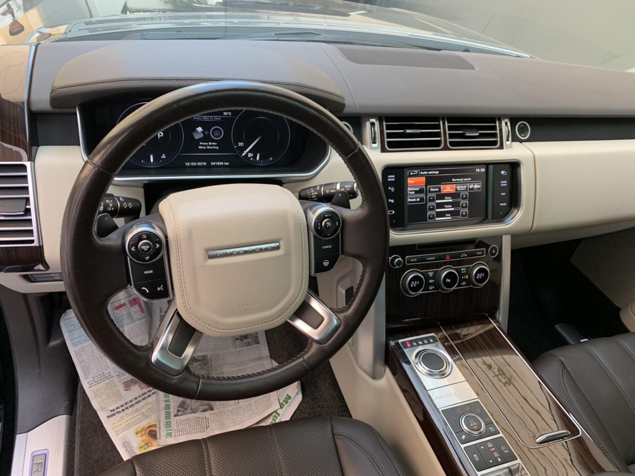 Nên Mua Xe Range Rover Đã Qua Sử Dụng Hay Đời Mới Nhất Giá Cao Hơn Gấp Đôi Xe Cũ, Xe Range Rover đi có bên không đó là điều mà nhiều người trước khi mau thắc mắc