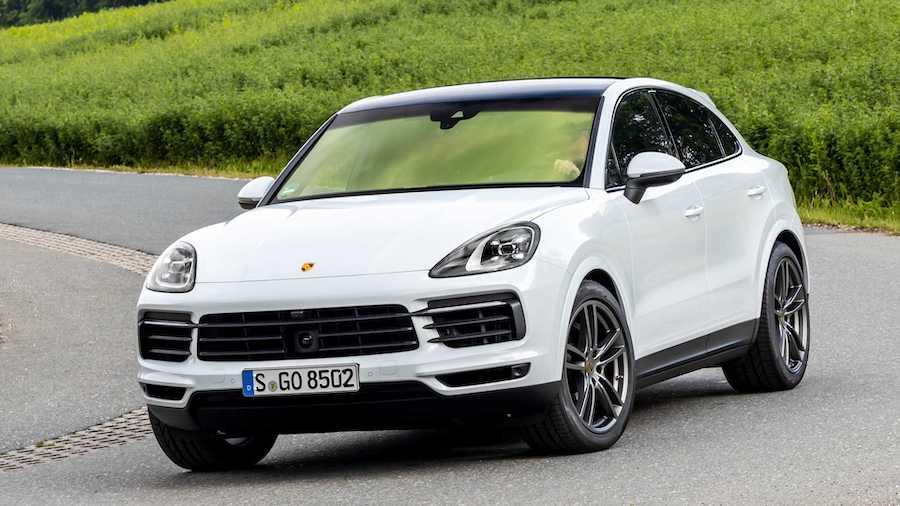 Mẫu Xe Porsche Cayenne Coupe Phiên Bản Thường màu trắng đời 2020 Giá Bao Nhiêu