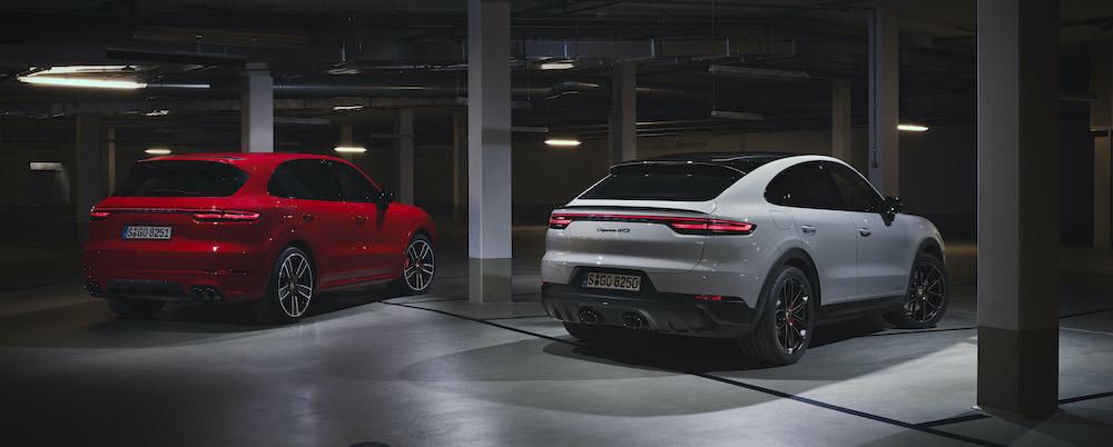 Porsche Cayenne Coupe GTS 4.0 V8 Đời Mới 2021 Có Gì Mới, Giá Bao Nhiêu Khi nhập khẩu về Việt nam, tại Mỹ giá khởi điểm là 110,000 đô la, xe nâng cấp động cơ là chính, mọi thứ khác như Panamera