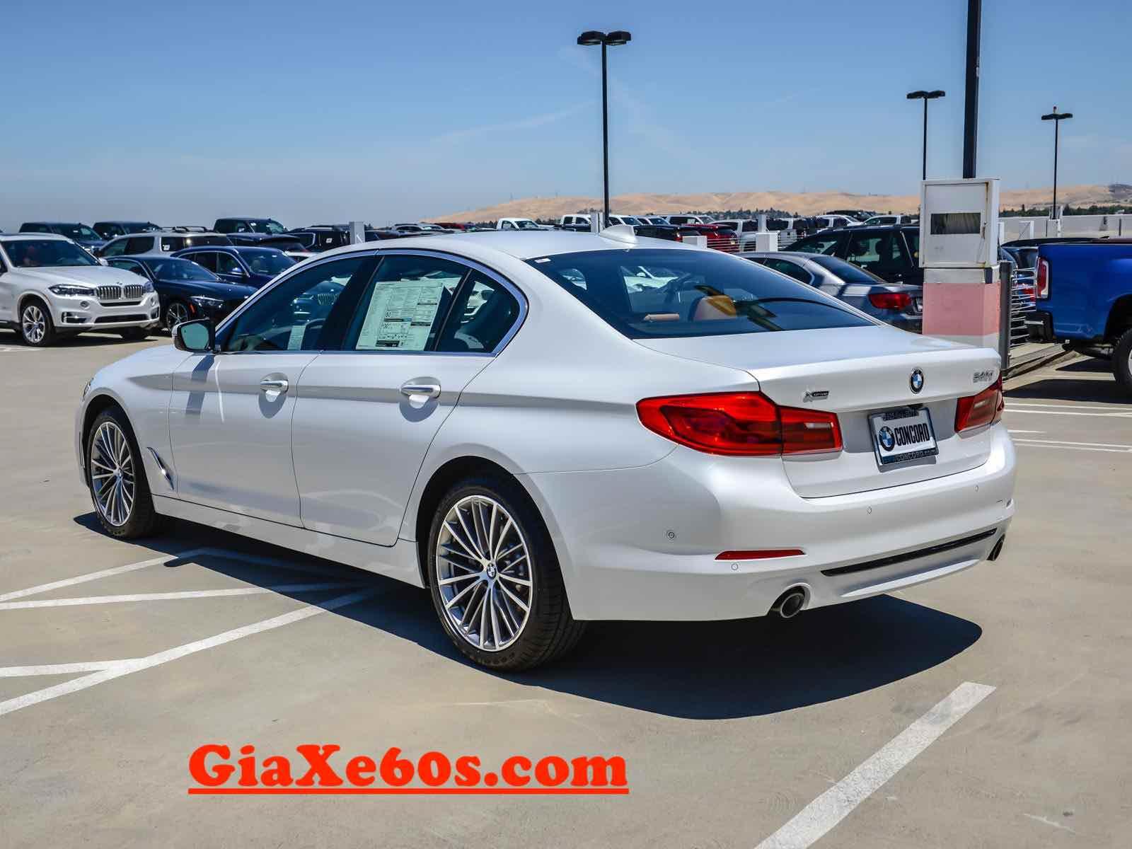 GIÁ XE BMW 5 SERIES 530i ĐỜI MỚI NHẤT MODEL 2018 và 2019 TẠI VIỆT NAM