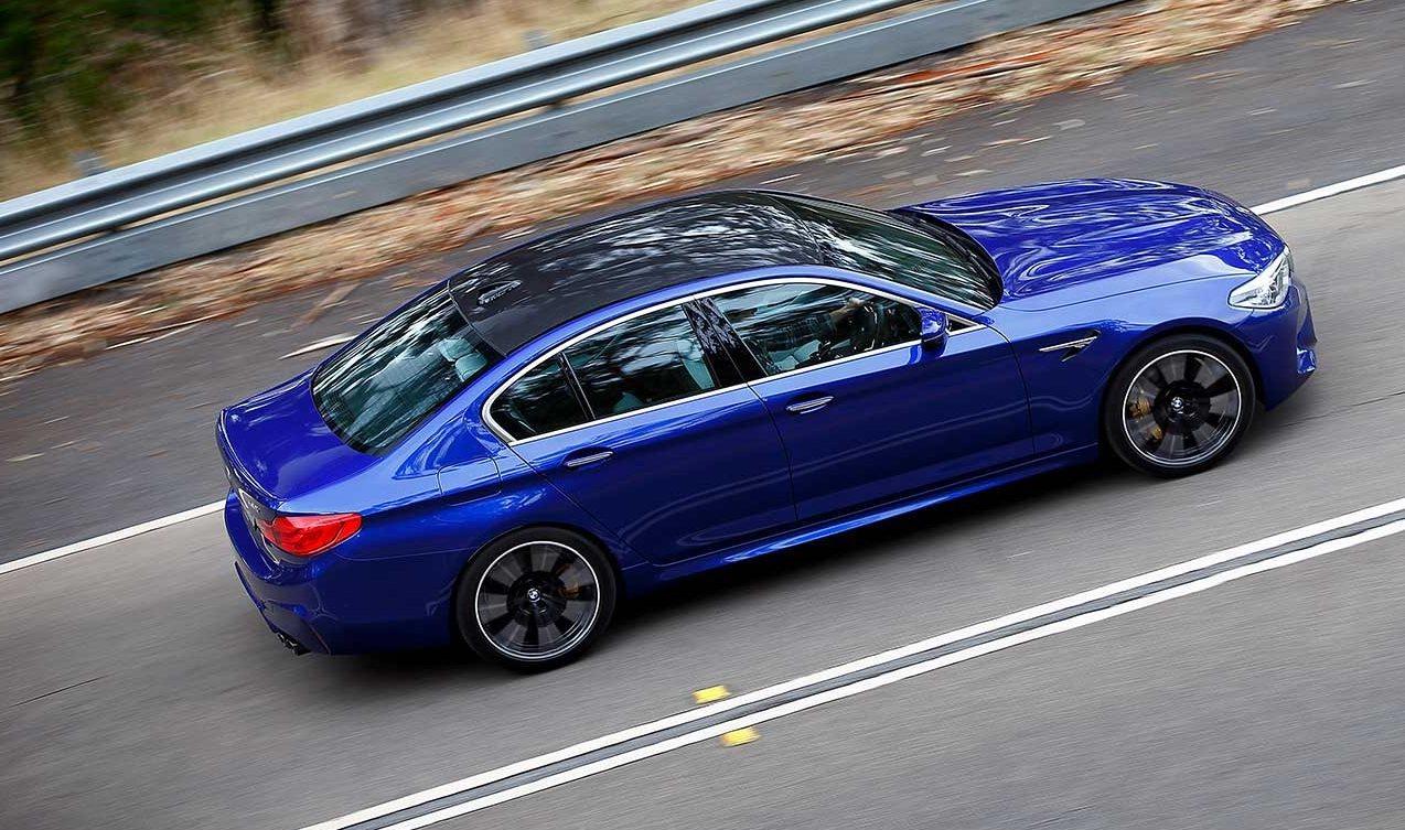 Giá Xe BMW M5 M6 Đời 2020 Tại Việt Nam Bao Nhiêu Tiền, BMW 5 Series Bản Thể Thao M Có Gì Đặc Biệt Và Nổi Trội So với bản thường, bản tiêu chuẩn động cơ mấy chấm, Có Option gì đặc biệt trên chiếc M5