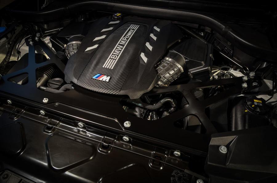 Đánh Giá BMW X6 M Competition 2020, SUV Coupe BMW X6 Công Suất 616 Mã Lực Có Gì Đặc Biệt, Khả Năng tăng tốc từ 0 - 100km/h 3,8 giây, Xe được trang bị hệ thống an toàn nào,