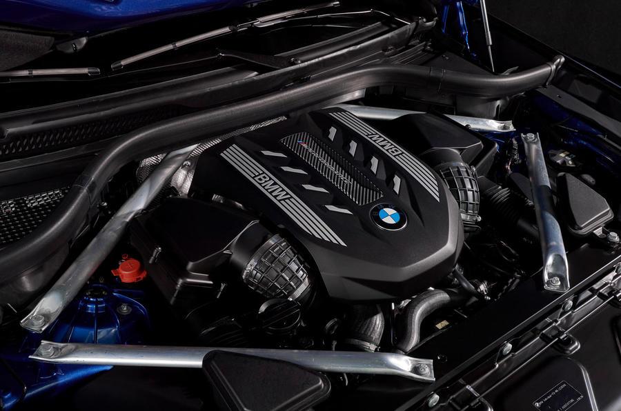 Xe BMW X6 Phiên Bản M50i 2020 Có Gì, Giá Bao Nhiêu Tiền Việt Nam, Xe Động cơ mấy chấm, phiên bản full option trang bị công nghệ gì mới.