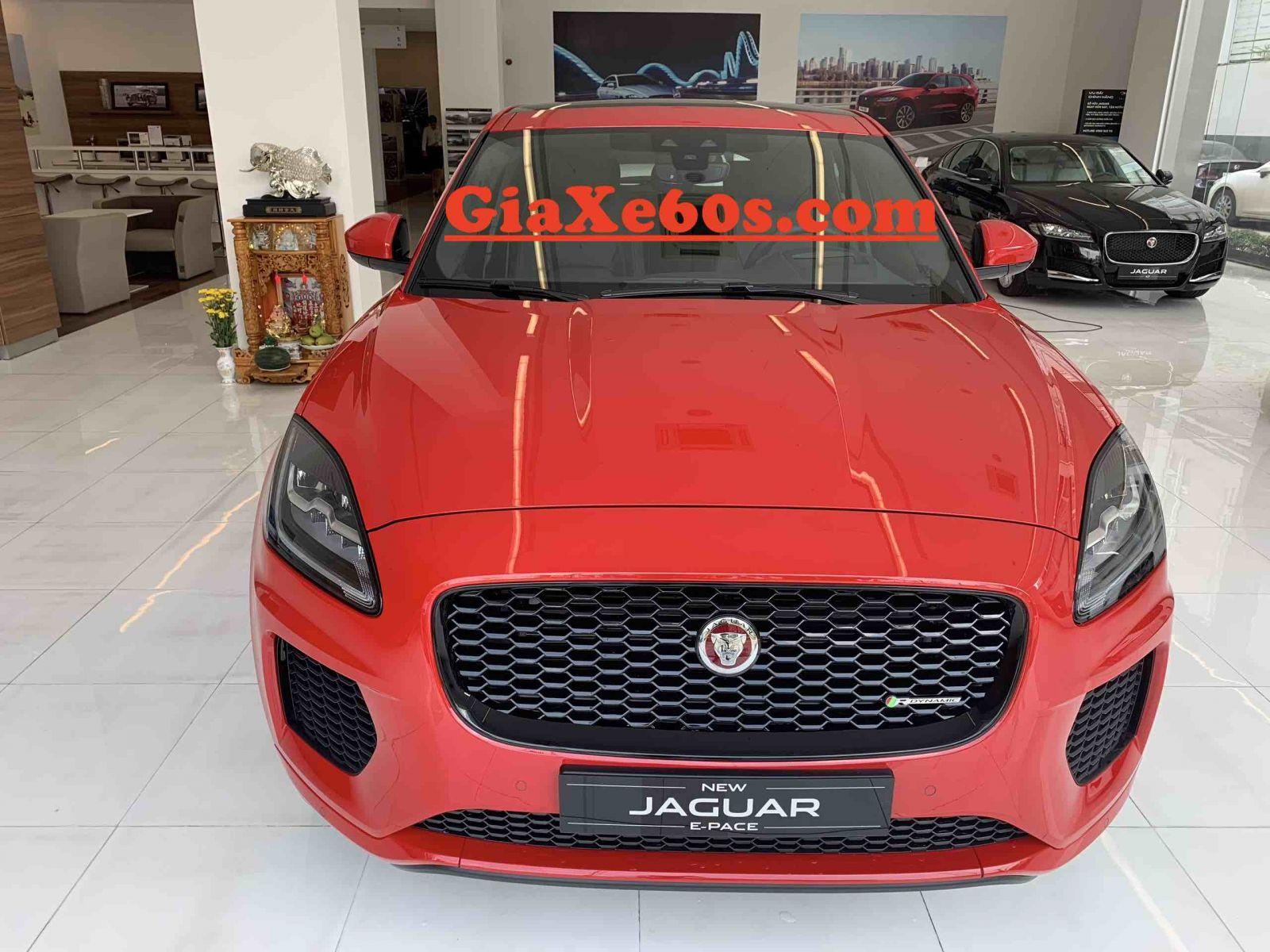 Giá Xe Jaguar E-Pace Phiên Bản 2.0 First Edition Bao Nhiêu Tiền tại việt nam tính hết  chi phí lăn bánh và biển số và thuế trước bạ. xe gầm cao f-pace và e-pace xe nào chay ngon hơn, động cơ 2.0 và 3.0 khác nhau gì