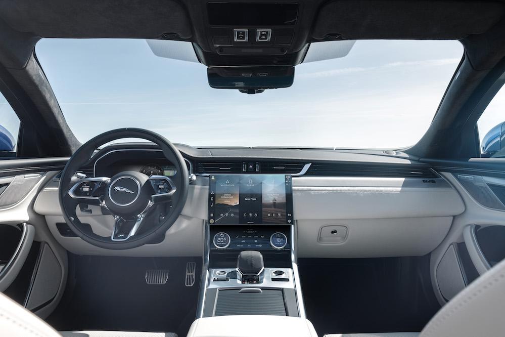 Xe Jaguar XF Mẫu 2022 Nâng Cấp Nội Thất Mới Đèn Giống XJL