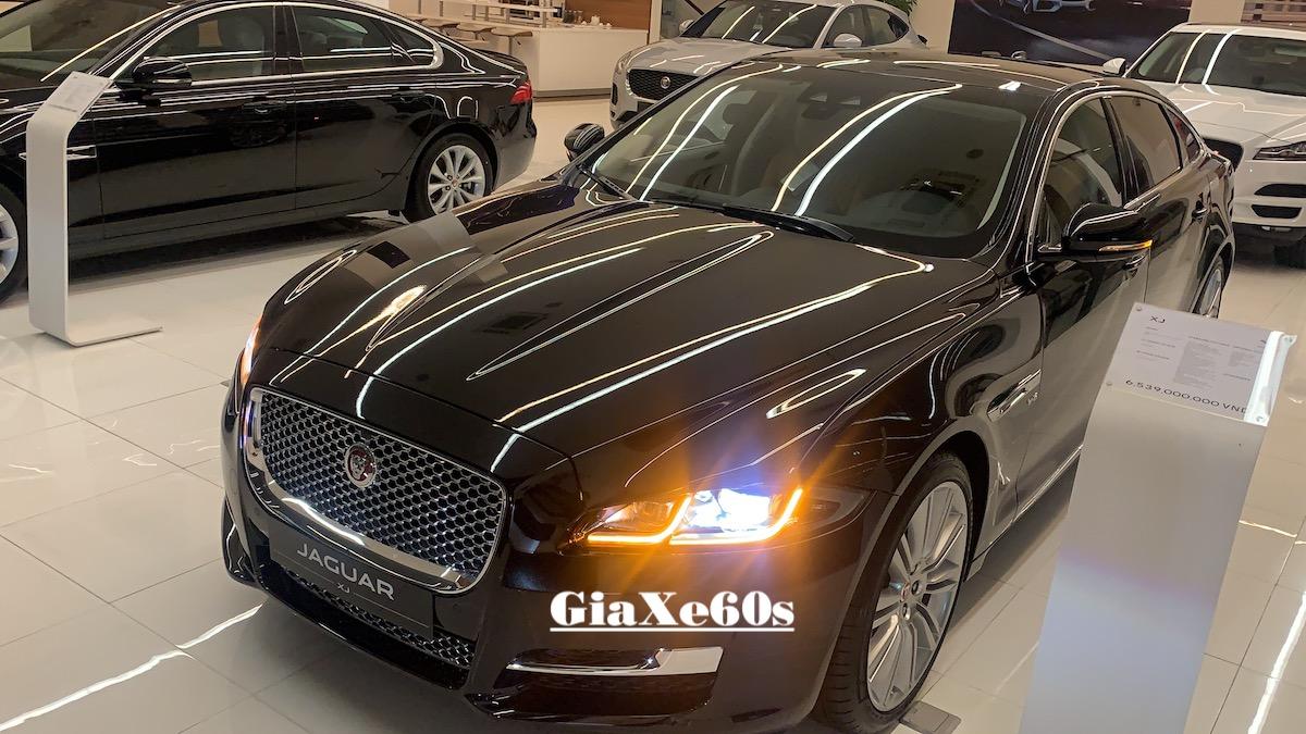 Xe jaguar xjl màu đen đời mới nhất tại việt nam