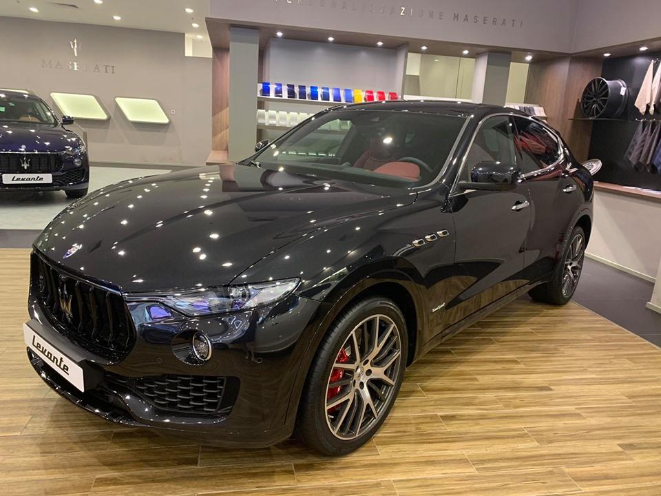 Maserati SUV Levante Gầm Cao 5 Chỗ Tại Sài Gòn Giá Bao Nhiêu Tiền Bao Gồm Thuế và lăn bánh biển số, Maserati Quận 1, Maserati Lê Duẩn, Maserati Bán ở đâu, maserati là xe gì, của ai, của nước nào, có cao cấp ha