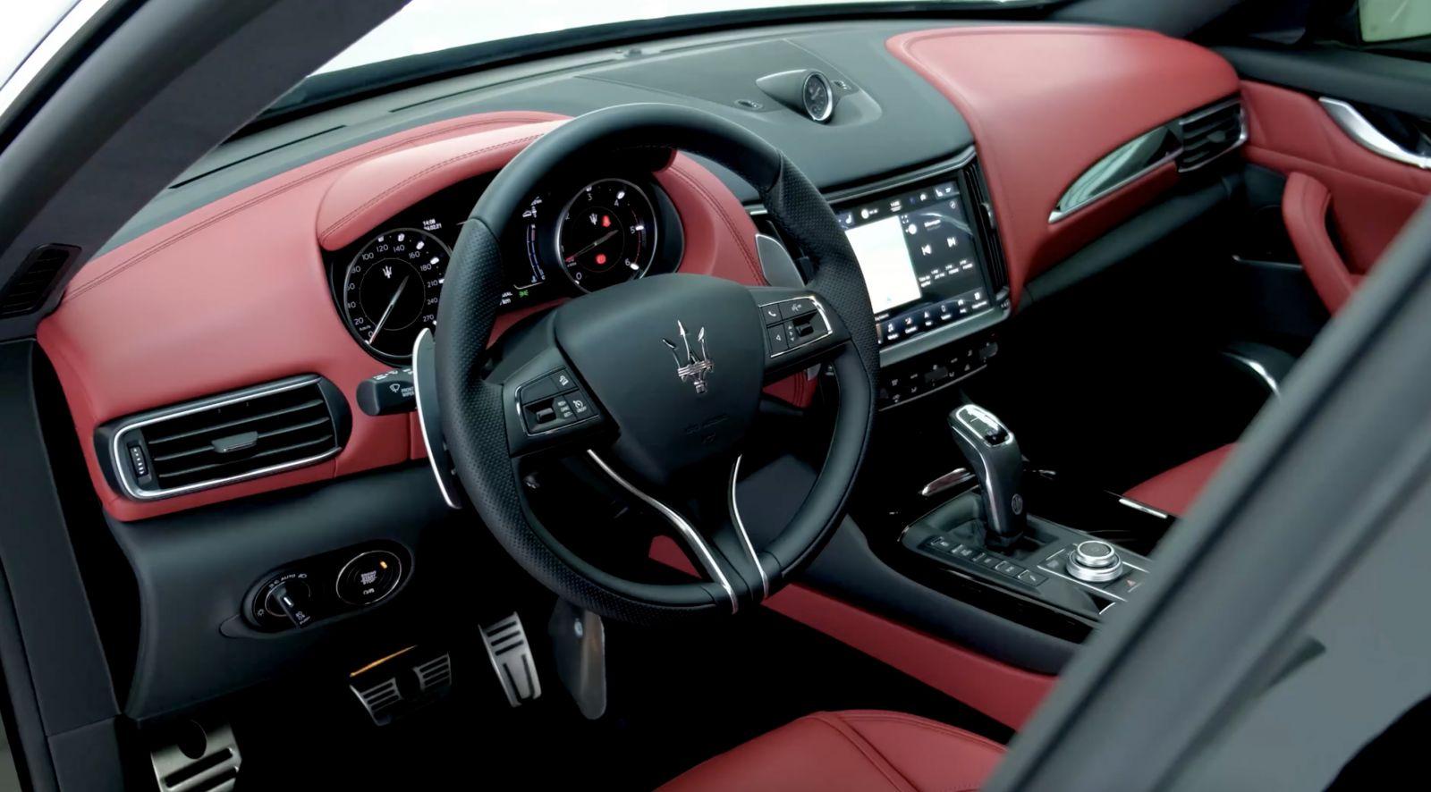 Nội thất, màu đỏ, Maserati Levante, Maserati Levante 2021 - 2022 Có Gì Mới, Giá Bán Bao Nhiêu , Phiên bản sport, màu đen cực đẹp ở video,