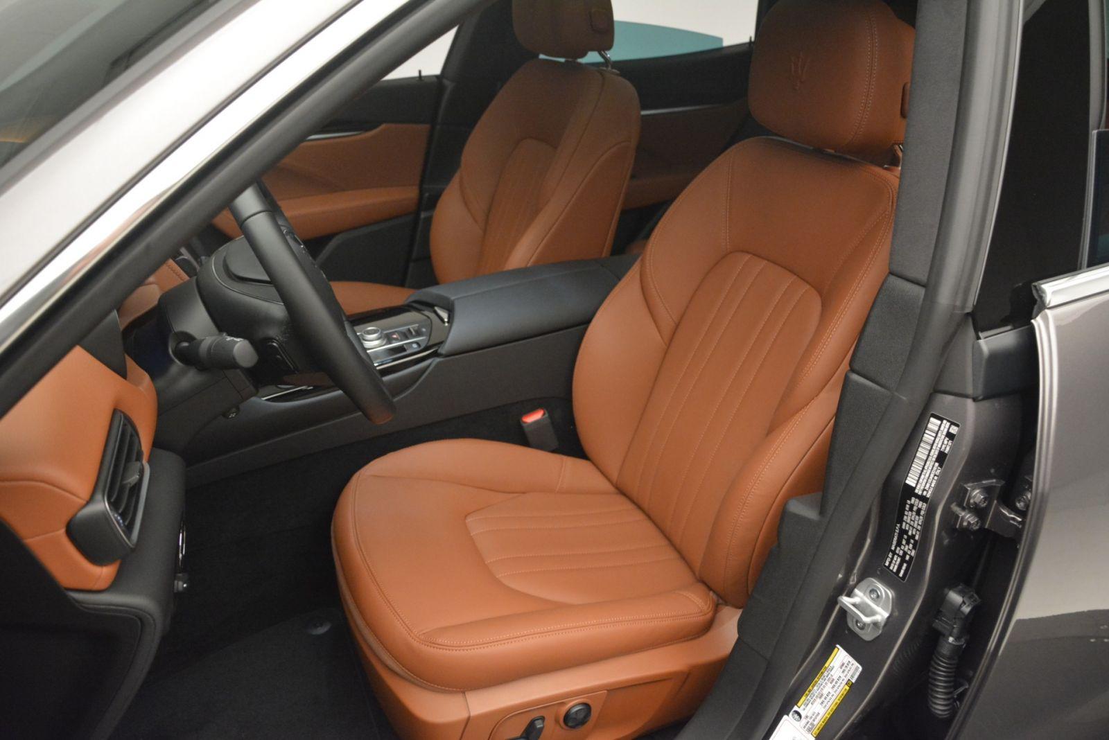 Maserati Levante 5 Chỗ Đối Thủ Porsche Cayenne 2020 Giá Bao Nhiêu - ghế da bò nâu vàng