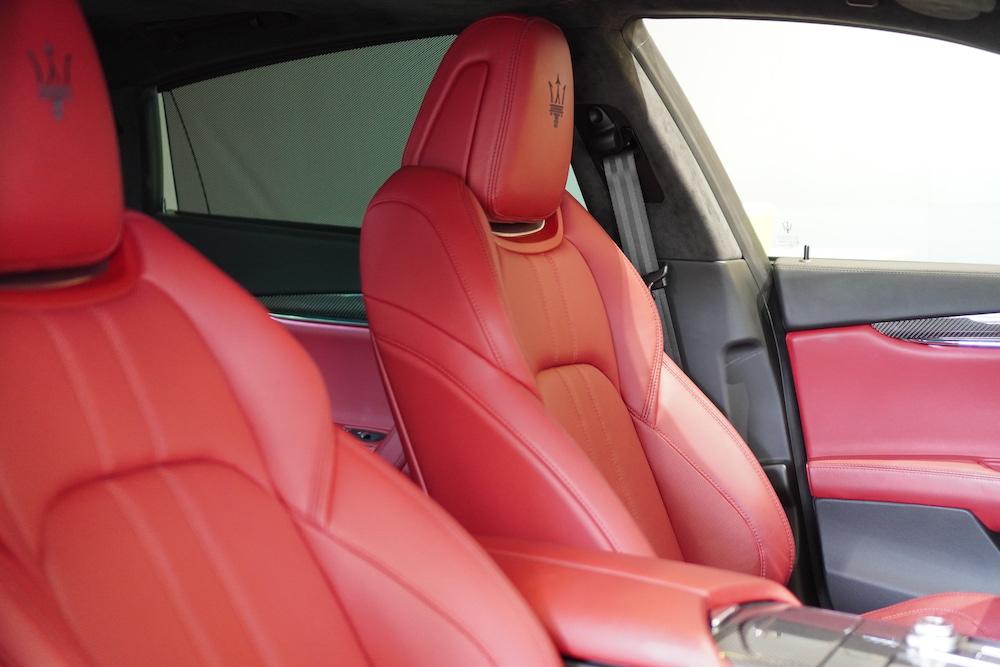 Mua Porsche Panamera, Mercedes S63, BMW 760 Hay Maserati Quattroporte Đời Mới Phiên Bản cao cấp 2 cầu, Màu trắng nội thất màu da bò, hệ thống âm thanh 1200 watt, Xe chất thể thao đặc trưng - ghế đỏ
