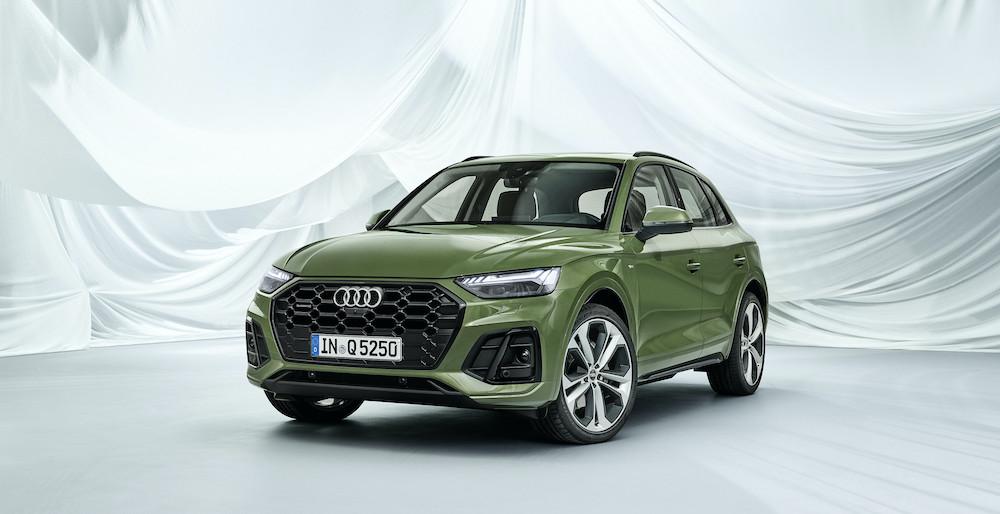 Xe Audi 5 Chỗ Q5 đời Mới 2021 Có Gì Mới, Giá Bao Nhiêu khi nhập khẩu về việt nam, xe có mấy phiên bản và động cơ, xe được sản xuất tại nước nào, xe màu xanh