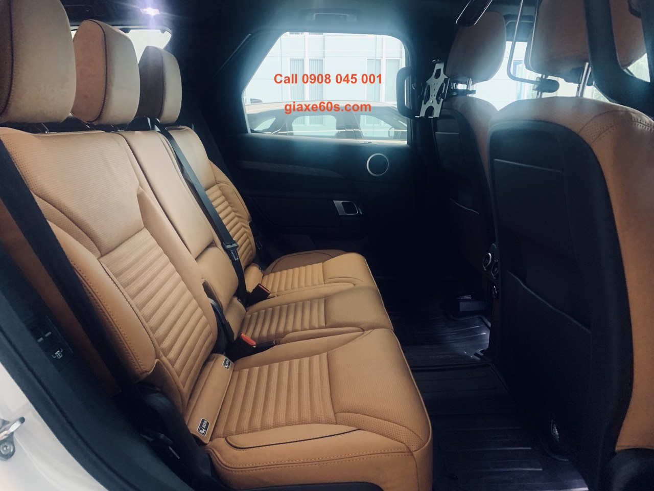 Discovery Màu Trắng, Nội thất da bò, Cạnh Tranh Với BMW X7, Discovery LR5 7 Chỗ Của LandRover Có Option Gì Nổi Bật, Mẫu SUV nhập khẩu nguyên chiếc nào tốt mức giá từ 5 đến 6 tỷ đồng tại Việt Nam Máy Xăng V6