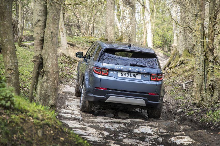 Mẫu SUV 7 Chỗ Land Rover Discovery SPort Tiêu Chuẩn và R-Dynamic.