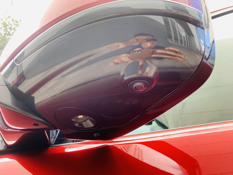 camera 2 bên kính chiếu hậu, Mẫu xe Land Rover Discovery Sport Phiên Bản HSE Luxury Màu Đỏ.