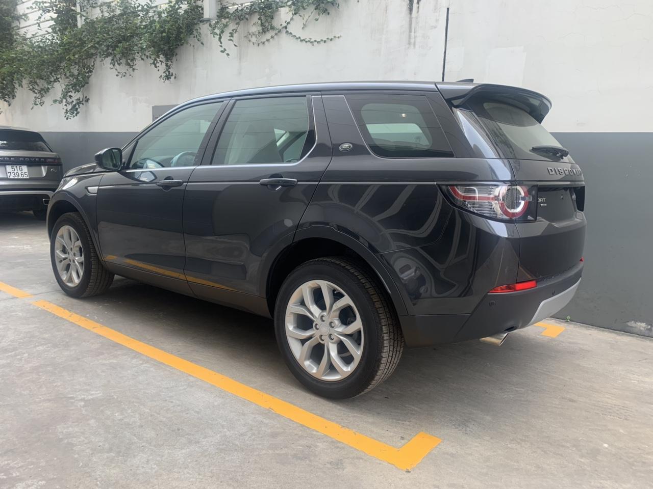 Màu xam. Xe Land Rover 7 Chỗ Discovery SPort HSE Đời Mới Nhất 2019 Bao Nhiêu Tiền, Xe 7 Chỗ Discovery SPort HSE Luxury Màu Xanh Đen Đời Mới Nhất Giá rẻ nhất 3.499 triệu đồng tại việt nam
