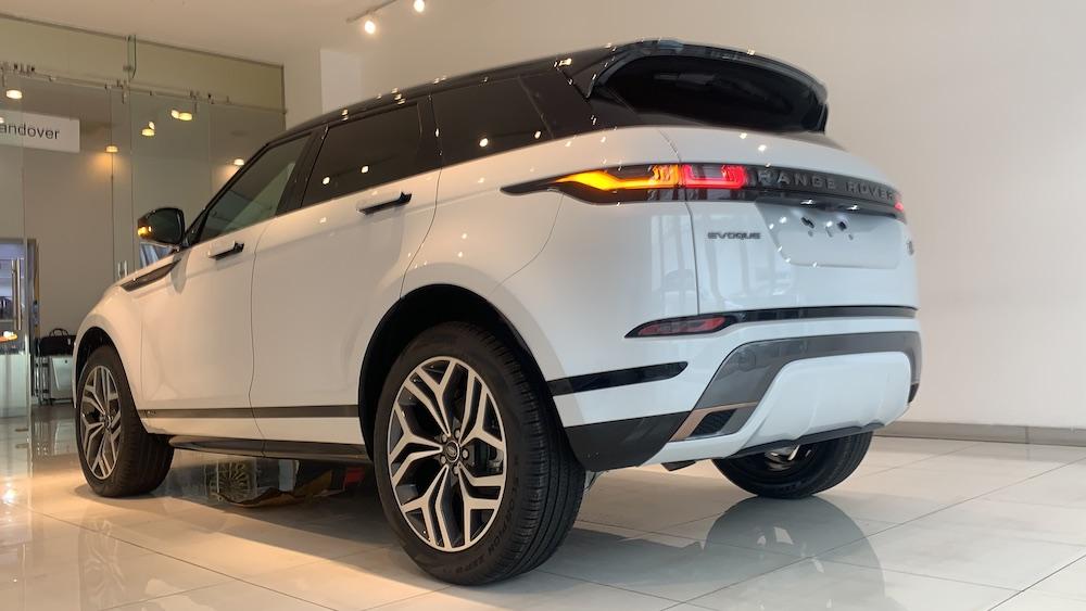 Chỉ 5 Xe Range Rover Evoque Phiên Bản First Edtion 2020 Nhập Khẩu Về Việt Nam, Giá thấp nhất là 3,690 triệu đồng, chiếc land rover lắp ráp và sản xuất tại nước Anh cho chất lượng an toàn 5 sao, evoque bền b�