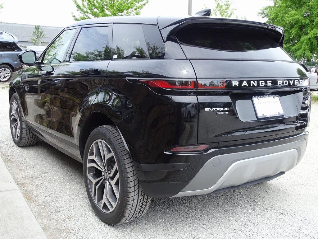 range rover 5 chỗ evoque đời mới phiên bản cao cấp màu đen giá bán bao nhiêu