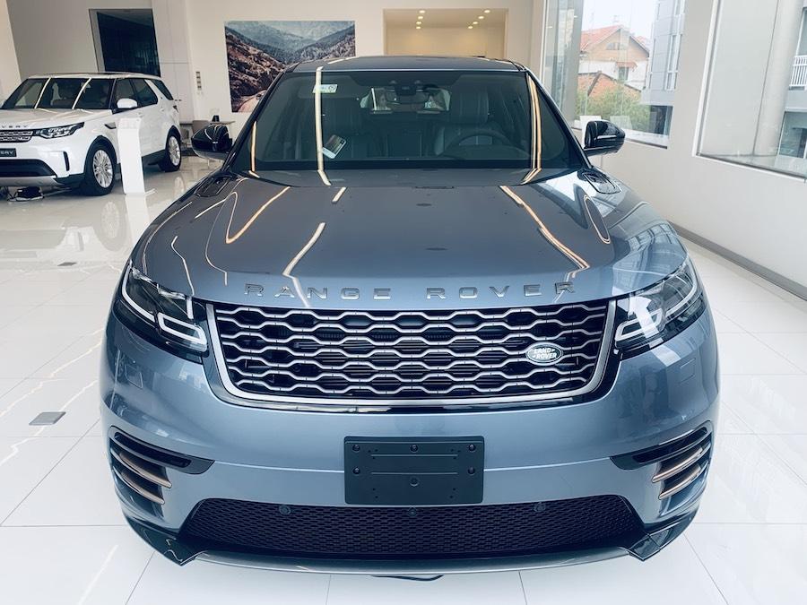 Màu xanh byron Blue xanh da trời Mẫu Xe Range Rover Velar 2.0 Và Gía Bán Đời Mới Nhất 2019 va model 2020 Tại Việt Nam
