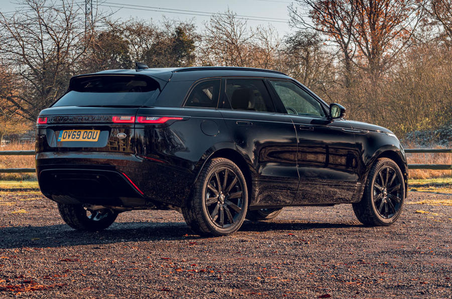 500 Xe Range Rover Velar gains R-Dynamic Black Limited Edition Màu Đen Hoàn Toàn Được Sản Xuất, Land Rover will release 500 Black Edition cars, which have dark gloss and interior enhancements, The limited-edition variant, of which only 500 will be produced, is base